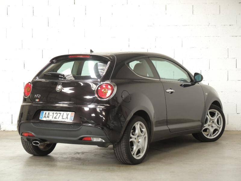 a vendre alfa romeo mito occasion moins de 9 000 1 4 t jet 120 distinctive plaisance du touch. Black Bedroom Furniture Sets. Home Design Ideas